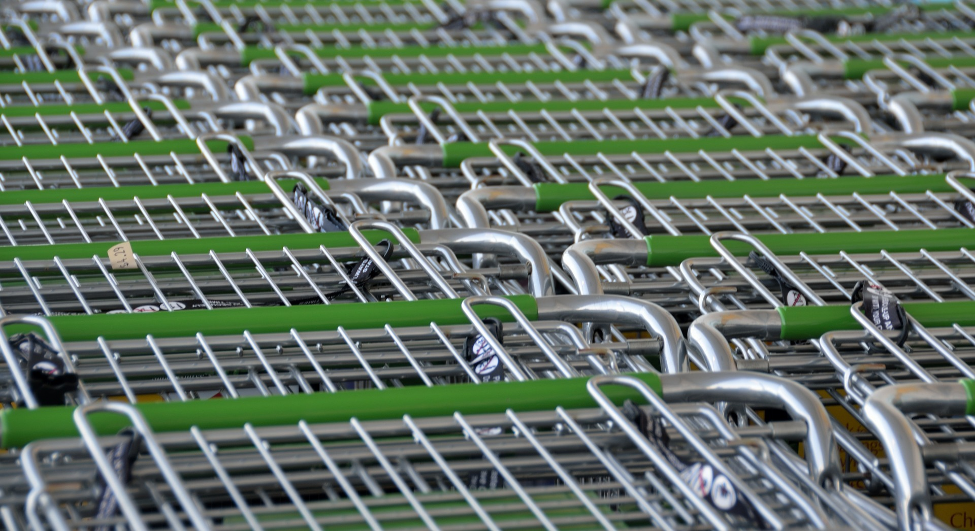 shopping-carts-2077841_1920